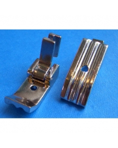 Double sided piping foot